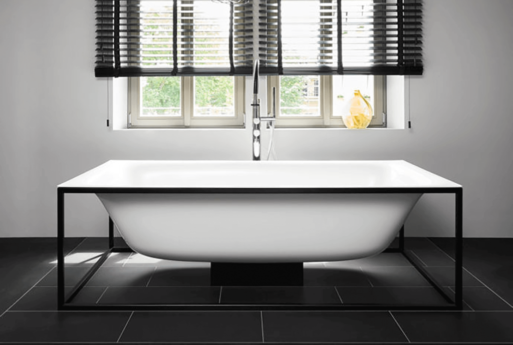 Bette LuxShape Free Standing Bath with invisible Overflow